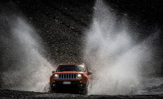 141205_Jeep_Renegade_01.jpg