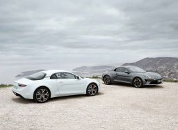 21205349_2018_-_alpine_a110_pure_and_alpine_a110_legende_.jpg