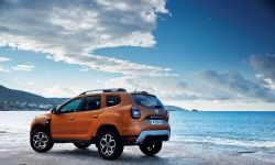 21200155_2017_new_dacia_duster_tests_drive_in_greece.jpg