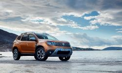 21200156_2017_new_dacia_duster_tests_drive_in_greece.jpg
