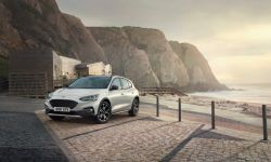 FORD_2018_FOCUS_ACTIVE__04.jpg