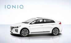 Hyundai IONIQ with Logo  (3).jpg