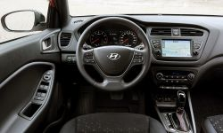 New Hyundai i20 Interior (2).jpg