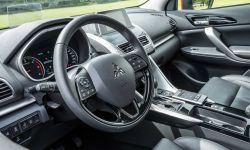 mitsubishi_eclipse_cross_gra_w_polo_19_.jpg