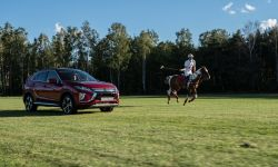 mitsubishi_eclipse_cross_gra_w_polo_9_.jpg
