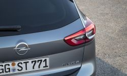 Opel-Insignia-Sports-Tourer-304059.jpg
