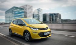 Opel-Ampera-E-303293.jpg