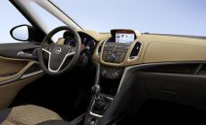 Opel-Zafira-Tourer-IntelliLink-290805.jpg