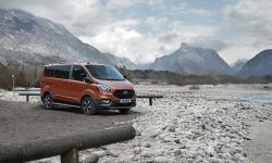 FORD_2020_TOURNEO_CUSTOM_ACTIVE-01.jpg