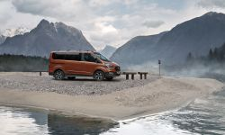 FORD_2020_TOURNEO_CUSTOM_ACTIVE-02.jpg
