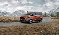 FORD_2020_TOURNEO_CUSTOM_ACTIVE-03.jpg