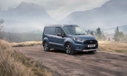 FORD_2020_TRANSIT_CONNECT_ACTIVE_FR_3_4.jpg