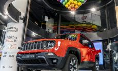 190906_Jeep_Renegade-PHEV_02.jpg