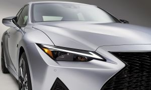 2021_lexus_is_f_sport_011.jpg