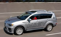 3.2011_phev_engineering_test_car.jpg