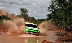 7.2013_asia_cross_country_phev_racer.jpg