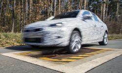 Opel-Corsa-Camouflage-506634.jpg