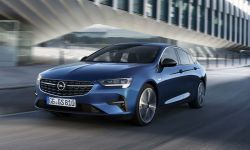 Opel-Insignia-509975.jpg