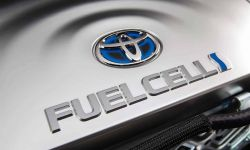 2016_toyota_fuel_cell_vehicle_016_1.jpg