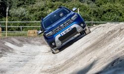 10-2021 - new  dacia duster 4x4 - iron blue tests drive_.jpeg