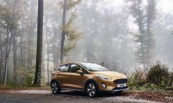 FORD_FIESTA2016_ACTIVE_34_FRONT_BEAUTY_01.jpg