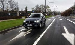 Mazda CX-3 2021: miejski SUV z bogatym wnętrzem