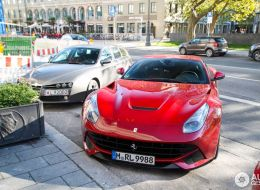 bayern-munichs-striker-robbert-lewandowski-seen-driving-a-ferrari-f12-berlinetta_2.jpg