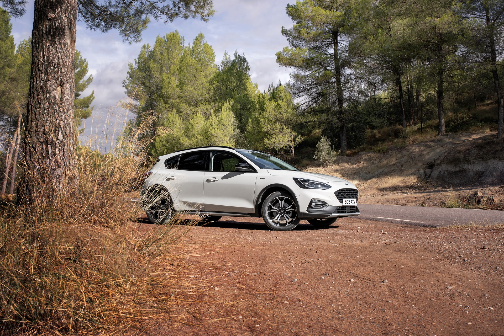 Nowy crossover Ford Focus Active