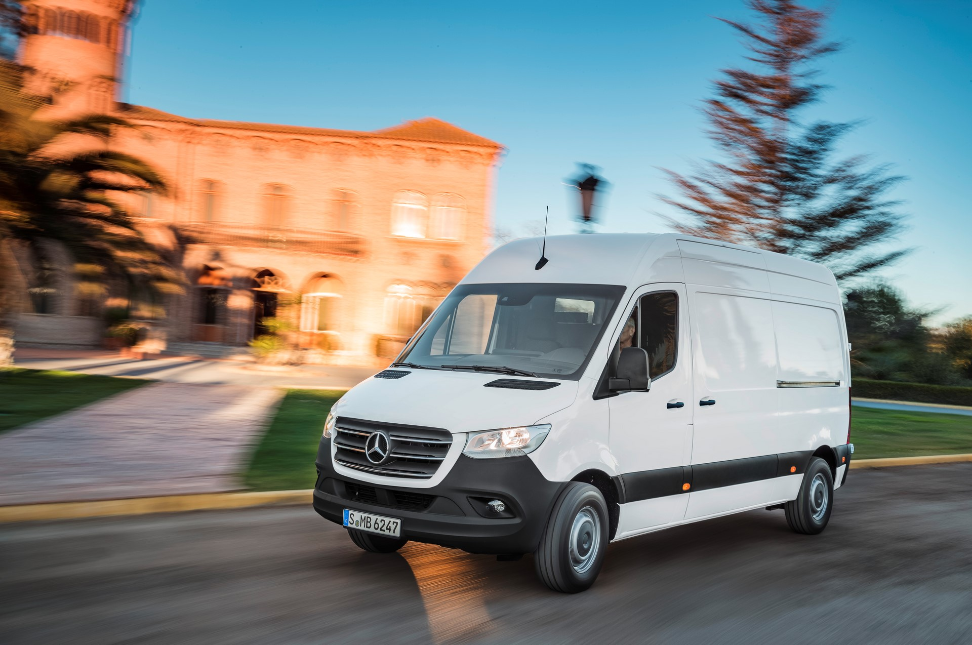 Nowy Mercedes-Benz Sprinter 2018